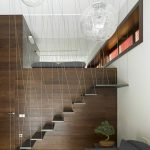 Escalera moderna wengue